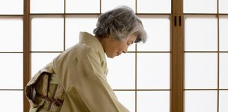 centenarian-Almost 66 000 centenarians nowadays in japan!-feature image